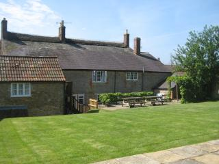 Park Farmhouse, Chideock, Dorset - Chideock vacation rentals