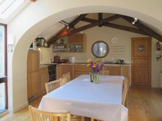 Lovely House with Internet Access and DVD Player - South Pool vacation rentals