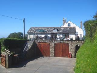 Well Cottage Apartment, Galmpton, Devon - Kingsbridge vacation rentals