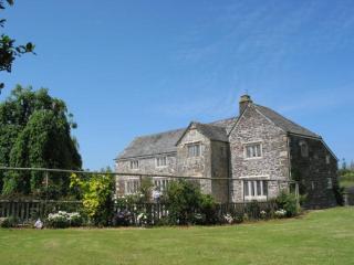 Tretawn Farmhouse, St Kew, Cornwall - Wadebridge vacation rentals