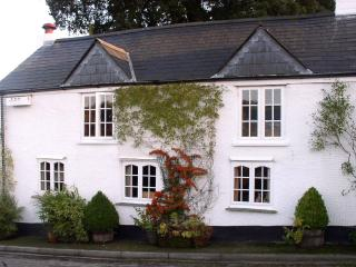Briar Cottage, Tregadillett, Cornwall - Kennards House vacation rentals