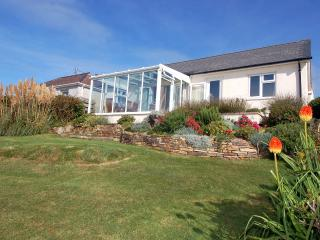 Lovely 3 bedroom Porthtowan House with Internet Access - Porthtowan vacation rentals