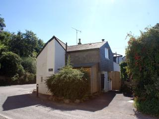 Charming House with Internet Access and DVD Player - Lostwithiel vacation rentals
