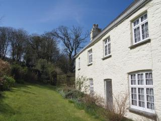 Tregonhawke Farmhouse, Millbrook, Cornwall - Torpoint vacation rentals