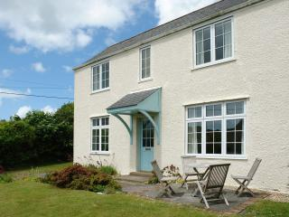 Charming House with Internet Access and DVD Player - Mylor Bridge vacation rentals