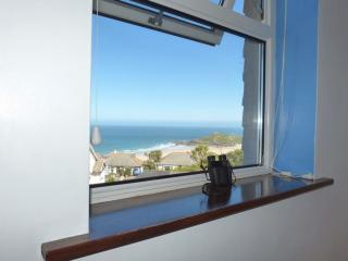 Comfortable House in Saint Ives with DVD Player, sleeps 4 - Saint Ives vacation rentals