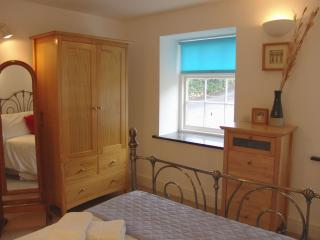 Lovely House with Internet Access and DVD Player - Rosudgeon vacation rentals