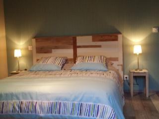 Nice Gite with Internet Access and Satellite Or Cable TV - Plouasne vacation rentals