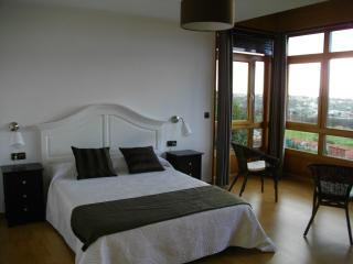 Stone house with panoramic view - El Ferrol vacation rentals