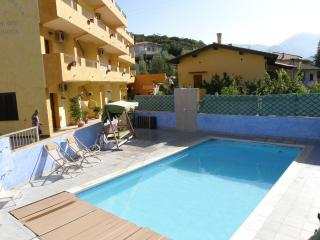 2 bedroom Resort with A/C in Fluminimaggiore - Fluminimaggiore vacation rentals