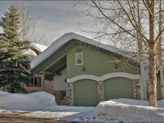 Open Concept Floor Plan, Vaulted Ceilings - Private Home in Walking Distance of the Gondola (3207) - Steamboat Springs vacation rentals
