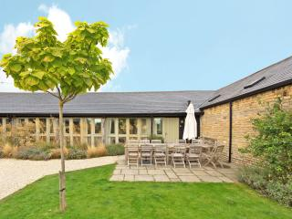 Rose Barn, nr Burford, Oxford, the Cotswolds - Bampton vacation rentals
