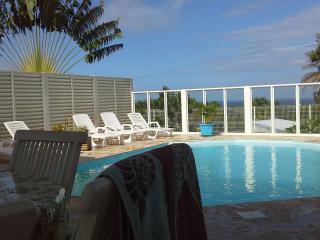 Résidence CaZméti'C - Bungalow Alizés - piscine - Le Marin vacation rentals