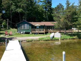 Upscale North woods beachfront 3 br 2b cabin - Breezy Point vacation rentals