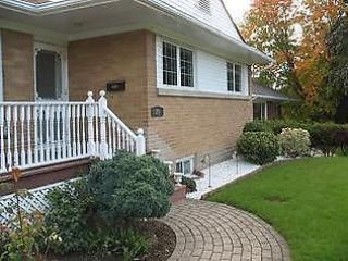 Bright 1 bedroom Waterloo Condo with Internet Access - Waterloo vacation rentals