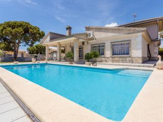 Beautifull Villa near beach La Zenia - La Zenia vacation rentals