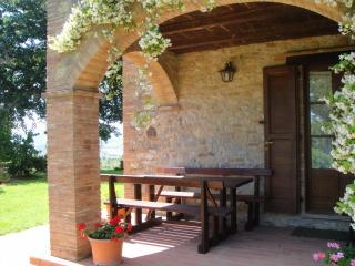 Romantic 1 bedroom Monteleone d'Orvieto Farmhouse Barn with Internet Access - Monteleone d'Orvieto vacation rentals