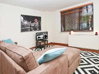 LUXURY ALCOVE STUDIO - CHELSEA - New York City vacation rentals