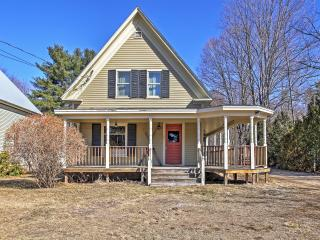 Historic 3BR North Conway House w/Wifi, Wraparound Porch & Upscale Amenities! Close to Golf, Shopping, Outdoor Recreation & More - Just a Half Mile from Mt. Cranmore! - North Conway vacation rentals