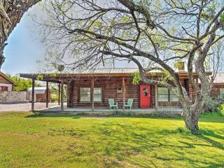 Comfortable 2BR Horseshoe Bay Lakefront Cabin w/Covered Porch, Boat Dock & Fire Pit - Easily Accessible to Lake LBJ, Near Shopping, Wineries & Restaurants! - Horseshoe Bay vacation rentals