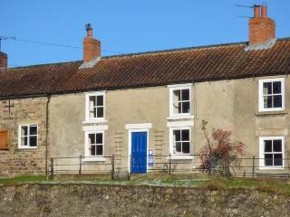 PRIMROSE HILL FARMHOUSE, mid-terrace, Rayburn, woodburner, parking, garden, in - Hutton le Hole vacation rentals