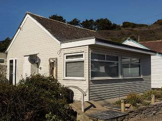 DRIFTWOOD, ground floor, garden,WiFi, in Polzeath, Ref 922658 - Polzeath vacation rentals