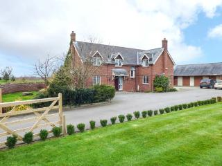 MANOR WOOD, on-site facilities, luxurious accommodation, plenty of walks, Tilston, Ref 933486 - Tilston vacation rentals