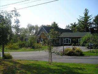 Beautiful 3 Bedroom Executive Home - Halifax vacation rentals