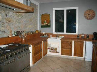 Nice House with Dishwasher and Short Breaks Allowed - Saint-Jean-de-Barrou vacation rentals