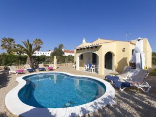 3 bedroom Villa with Internet Access in Cala'n Bosch - Cala'n Bosch vacation rentals