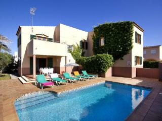 Cozy 3 bedroom Cala Blanca Villa with Internet Access - Cala Blanca vacation rentals