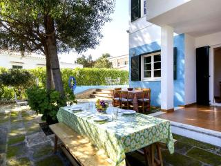 Comfortable 2 bedroom Condo in Cala Blanca with Shared Outdoor Pool - Cala Blanca vacation rentals