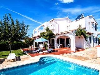 Perfect 4 bedroom Villa in Cala'n Blanes - Cala'n Blanes vacation rentals