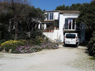 6 bedroom Villa with Internet Access in Six-Fours-les-Plages - Six-Fours-les-Plages vacation rentals