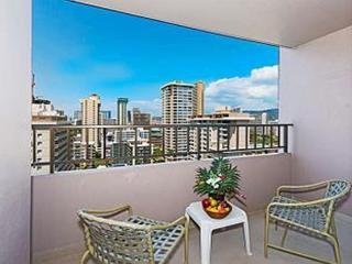 Royal Kuhio Condo, w/ Full Kitchen & Free Parking - Honolulu vacation rentals