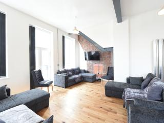 Stunning High Spec Sleep 14 (38 A3) - Manchester vacation rentals