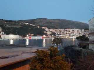 Comfortable 3 bedroom Condo in Dubrovnik - Dubrovnik vacation rentals