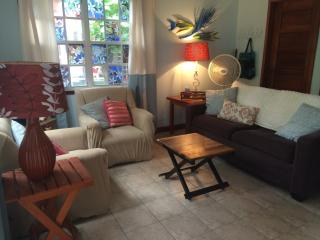 Mayflower Casita- pool/beach loungers 2 min walk - San Pedro vacation rentals