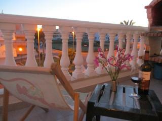 Apartamento com 1 quarto perto da praia de Cabanas - Cabanas de Tavira vacation rentals