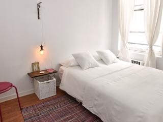 Modern and fresh two bedroom apartment - Manhattan vacation rentals