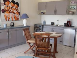Charming house for family or friends - beach close - Orient Bay vacation rentals