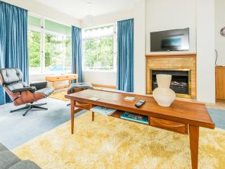 2 bedroom House with Internet Access in Wanganui - Wanganui vacation rentals