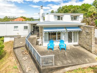 Gorgeous 2 bedroom House in Wanganui - Wanganui vacation rentals