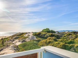 Spacious & oceanfront w/ easy beach access! - Oceano vacation rentals