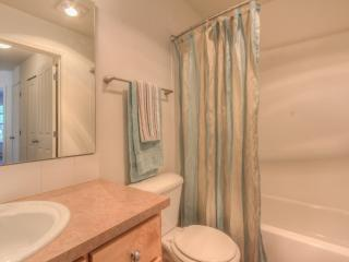 Furnished 3-Bedroom Apartment at 23rd Ave SE & 7th St SE Puyallup - Puyallup vacation rentals