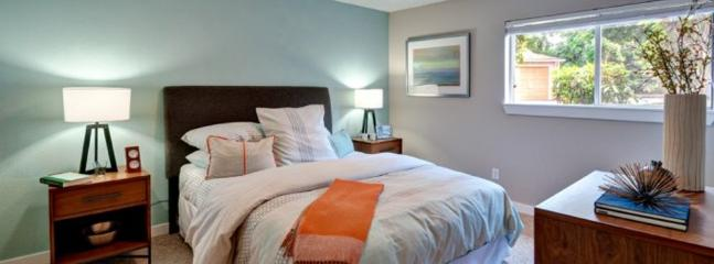 Furnished Apartment at 40th St W & 78th Ave Ct W University Place - University Place vacation rentals