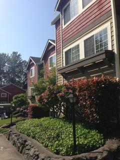 Furnished 3-Bedroom Apartment at S Meridian & 21st Ave SW Puyallup - Puyallup vacation rentals