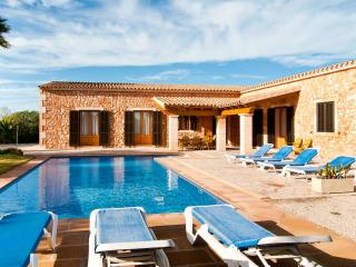 Villa Mates - Campos - Campos vacation rentals