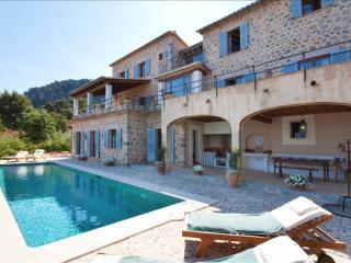 Cozy 3 bedroom Villa in Deia - Deia vacation rentals