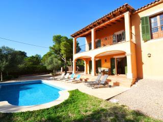 Comfortable 3 bedroom Villa in Cala Pi - Cala Pi vacation rentals